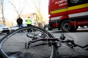 Biciclistă accidentată de un șofer neatent