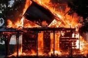 Incendiu la o cabană din Gruia!