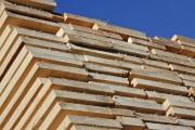 300 de m.c. de cherestea au confiscat polițiștii de la o firmă din Mărgău