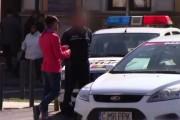 VIDEO - Mircea Bravo a ieşit la agăţat de poliţişti în Cluj-Napoca, dar a