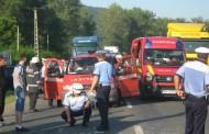 Doi bărbați au fost răniți din cauza unui șofer care nu le-a acordat prioritate de trecere