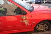 Minor din Cluj-Napoca, prins când rupea oglinzile maşinilor din Grigorescu