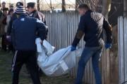 EXCLUSIV - O fată de 15 ani din judeţul Cluj s-a SPÂNZURAT în joacă cu un fular