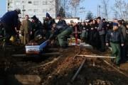 FOTO - ELICOPTER PRĂBUȘIT: Militarii Arthur Palfi şi Rareş Moldovan  au fost înmormântați în Cimitirul Militar din Cluj-Napoca