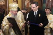 VIDEO - DOVADA  că preoții BIȘNIȚARI  îndeamnă credincioșii ortodocși, cu subiect și predicat,  să voteze cu Victor VIOREL Ponta