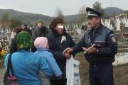 Poliţiştii din Cluj, mega preocupaţi de liniştea cimitirelor! Vezi ce au făcut de Luminaţie
