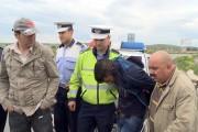 Tânărul care a furat o mașină pentru plimbare și l-a sechestrat pe șofer a fost ARESTAT!