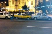 FOTO - Accident în lanț în Piața Unirii! Șoferul vinovat era beat