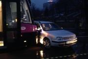 Accident lângă Cluj Arena. Un șofer sălăjean a băgat patru oameni în spital, după ce a virat în fața unui tramvai