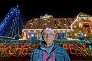 Casa din Germania care atrage turiștii! Proprietarul a împodobit-o cu sute de mii de beculețe