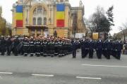 FOTO-VIDEO -  Sute de clujeni au participat la parada militară de Ziua Națională a României