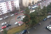 VIDEO - Scandal în Mănăștur! O femeie bolnavă psihic a făcut circ pentru că a fost dată jos din troleibuz