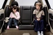 Noile prevederi DURE ale Codului Rutier privind transportul copiilor în funcție de înălțime