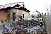 VIDEO - Două case și o alimentară au fost distruse de flăcări la Jucu