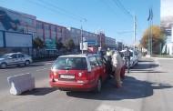 Polițiștii locali au împărțit amenzi taximetriștilor din Aeroportul Cluj