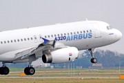 Alertă cu BOMBĂ la bordul unui avion ce aparține unei companii cunoscute
