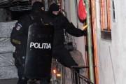 Percheziții la Turda. Un tâlhar a fost trimis în arest
