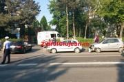 VIDEO - Motociclist francez, accidentat la Cluj de un moș de 76 de ani. Bikerul a ajuns la spital!