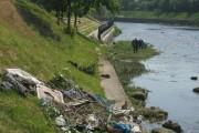 FOTO - Someșul JEGOS! Ce gunoaie aruncă clujenii în apă