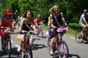 14 mai - promenada elegantă de primăvară a biciclistelor clujence