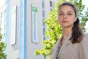 Româncă UMILITĂ în Regatul Unit! Un hotel nu a cazat-o din cauza cetățeniei sale, iar angajații au făcut-o prostituată
