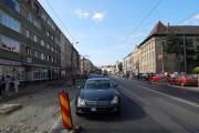 FOTO - Un șmecher cu Merțan, dar și alți cocalari au blocat mijloacele de transport care circulă pe strada Horea