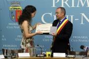 FOTO - Boc a premiat-o pe singura elevă din Cluj care a luat 10 la Bacalaureat. Ce a primit de la edil