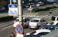 VIDEO - Poliția Locală! Au dat peste cap traficul pentru o shaorma din Piața Mărăști