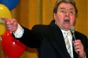 UPDATE - Corneliu Vadim Tudor, internat în stare CRITICĂ la spital - A MURIT!