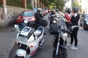 FOTO-Marșul durerii: Zeci de motocicliști și-au condus pe ultimul drum colegul ucis de un sirian