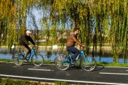 FOTO - Astăzi a avut loc lansarea oficială a reţelei de staţii self service de închiriere de biciclete