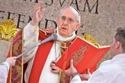 Papa Francisc, mesaj de Paștele catolic: Să nu ne lăsăm doborâţi de frică şi pesimism