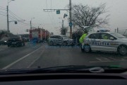 FOTO - Accident pe strada Traian Vuia, trei mașini implicate