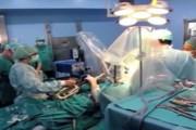 VIDEO inedit - Un spaniol cântă la saxofon în timp ce este operat pe creier