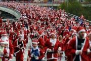 Crosul lui Moș Crăciun închide, sâmbătă, traficul pe mai multe străzi din Cluj-Napoca