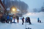 Pârtiile Șuior, numărul 1 în Transilvania, se deschid astăzi. Imagini LIVE și oferte pentru pasionații sporturilor de iarnă, AICI!