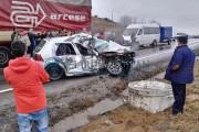 UPDATE - VIDEO - Un nou accident oribil la Izvorul Crișului. Mașină sub TIR, un mort