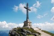 Crucea Eroilor Neamului de pe muntele Caraiman a trecut în administrarea MApN
