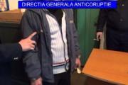 EXCLUSIV - Bogătan din mafia lemnului, prins în flagrant în timp ce dădea mită polițiștilor din Beliș. Oamenii legii au REFUZAT banii!
