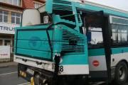 UPDATE - FOTO - Autobuz lovit violent de cisternă, lângă Autogara Beta, 10 răniți
