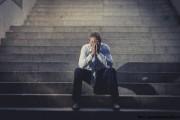 Patru metode simple și surprinzătoare pentru a scăpa de depresie. 800.000 de oameni se sinucid anual