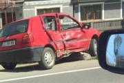 Accident în Turda între două mașini. Unul dintre șoferii implicați a fugit de la locul coliziunii