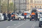 FOTO/VIDEO - Accident pe strada Horea. O șoferiță din Deva a crezut că virează ca pe arătură