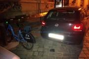 FOTO - Șofer nesimțit e puțin spus! A parcat pe locul bicicletelor din programul Bike-Sharing