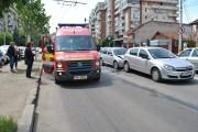 FOTO - Două mașini avariate și un bebeluș speriat, pe Calea Mănăștur, în urma unui accident produs de o șoferiță grăbită
