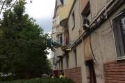 FOTO - Explozie într-un bloc din Turda! 20 de garsoniere afectate, o persoană a murit și 12 evacuate