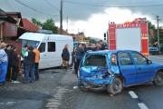 FOTO - Accident groaznic la Căpușu Mare, trei persoane rănite și trei autovehicule distruse