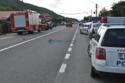 GALERIE FOTO - Accident grav la Gilău între un motociclist și o femeie care traversa strada neregulamentar
