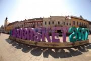 Începe numărătoarea inversă până la EuroBasket 2017: un simbol gigant a fost instalat în Cluj-Napoca și în alte 3 orașe europene