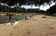 FOTO - Soare, umbră și liniște pe plaja din Grigorescu